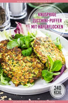 Zucchini buffer healthy and low in calories - These delicious zucchini pancakes are a great idea to incorporate more vegetables into everyday lif - Meals Under 400 Calories, 400 Calorie Meals, Low Calorie Recipes, Grilled Tandoori Chicken, Lunch Meal Prep, Eat Smart, Easy Dinner Recipes, Stuffed Peppers, Healthy
