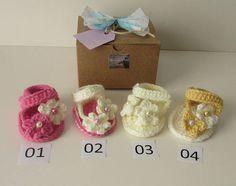 Baby sandals/Girls/Gift/Booties Box/Crochet/Baby Shower/Shoes/Baby Gift/Maternity Gift/Summer/Newborn
