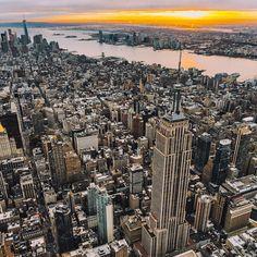New York City Feelings - MANHATTAN by @mc_gutty | @flynyon
