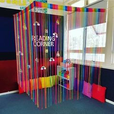 What a cute idea to cozy up a reading corner! I'm always looking for new inspiration to spice up my classroom reading corner! Reading Corner Classroom, Classroom Setting, Classroom Setup, Classroom Design, Classroom Displays, Future Classroom, Kindergarten Reading Corner, Reading Corner Kids, Reading Areas