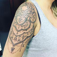 If yes, consider a lace tattoo. Lace tattoo us a feminine choice of design, interested? Mandala Arm Tattoo, Mandala Tattoo Shoulder, Flower Tattoo Shoulder, Cute Small Tattoos, Trendy Tattoos, Cool Tattoos, Feminine Tattoos, Line Tattoos, Body Art Tattoos