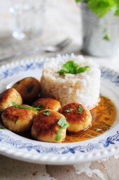 Boulettes de poulet et sa sauce au fond de veau Maggi - La popotte de Manue