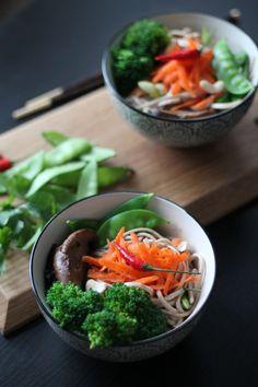 Buddha Bowl # 2 - Soba Noodles, Broccoli, Carrots, Snow Peas, Chard, Cashews, Cashew Sauce (Add Protein)