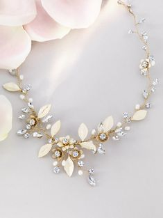 Add sparkle to your wedding outfit with our beautiful range of bridal jewellery by Jon Richard.