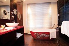 Buddha-Bar Hotel Prague - Premier Zimmer bathroom