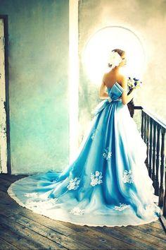 ブルーのカラードレス 可愛いすぎる♪♪