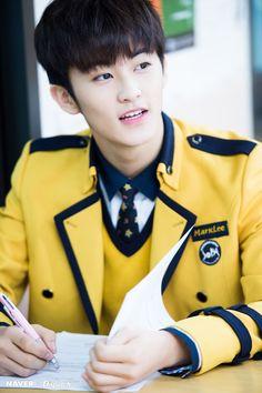 Mark/Lee Min Hyung #naverXdispatch Capitol Records, Mark Lee, Sopa School, Nct Debut, Nct 127 Mark, High School Crush, Lee Min Hyung, Sm Rookies, Fandom