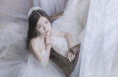 Solo Photo, Fantasy Photography, 2 Girl, Korean Model, Ulzzang Girl, Feminine Style, Little Princess, Bride Groom, Beautiful Dresses