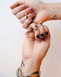 Wishbone sister tattoos :) #tattoos #wishbone #wristtattoo #wishbonetattoo