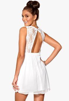 maxikjoler åpen rygg - Google-søk Fashion Company, Backless, Rompers, Bright, Student, Dresses, Google, Polyvore, Scale Model