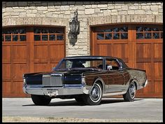 1969 Lincoln Continental Mark III All Original with Only 61 Actual Miles Lincoln Motor Company, Ford Motor Company, Vintage Cars, Antique Cars, Vintage Auto, Ford Lincoln Mercury, Old School Cars, Lincoln Continental, Sweet Cars