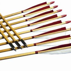 Traditional 12PCS Faux Eagle Feather Wood Arrows Mediaeval arrow Longbow Recurve
