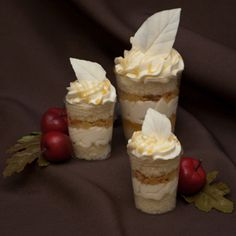 Vanilla genoise (aka: cake), chopped apples, sweet buttered caramel and crunchy almonds. Apple Desserts, Mini Desserts, Holiday Desserts, No Bake Desserts, Dessert Recipes, Genoise Cake, Dessert Shooters, Buttercream Wedding Cake, Gluten Free Desserts
