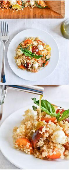 Caprese Quinoa Salad with Homemade Basil Oil I howsweeteats.com