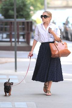 white shirt, midi and a fab bag. walking the dog #Olsen style. NYC. #MaryKateOlsen