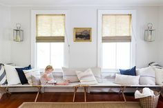 Bench Warmer - 16 Ways To Style A Daybed - Photos