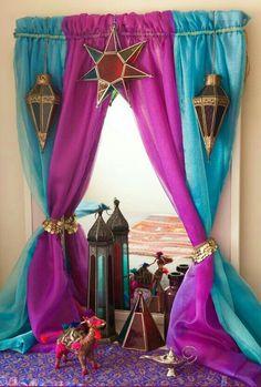 Arabian Nights DIY dresser mirror curtain – Turns your ordinary bedroom mirror into an Arabian princess corner, inspired by Jasmine from Disney's Aladdin. Princess Curtains, Disney Princess Bedroom, Princess Bedrooms, Disney Bedrooms, Aladdin Princess, Arabian Nights Theme, Arabian Party, Arabian Nights Bedroom, Arabian Theme