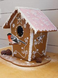 Linda o Ida - Gingerbread House Designs, Gingerbread Houses, Christmas Baking, Christmas Fun, House Cake, Xmas Crafts, Merry And Bright, Winter Holidays, Craft Fairs
