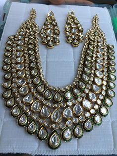 Dainty Jewelry Flower and Indian Jewelry Aesthetic. Dainty Jewelry, Cute Jewelry, Boho Jewelry, Bridal Jewelry, Jewelry Sets, Jewelry Design, Fashion Jewelry, Jewellery Diy, Jewelry Stores