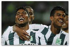 Noche de golazos y sonrisas: Nacional venció fácil 4-0 a Libertad   Y. Mejía, Ruiz (dos veces) y Copete, marcaron los tantos 'verdes', que terminó líder del grupo 7.  Por: @CataHoyos www.futbolred.com/libertadores/noticias/fasedegrupos2015/nacional-vencio-facil-4-0-a-libertad-copa-libertadores/15608016  Foto: @futbolred