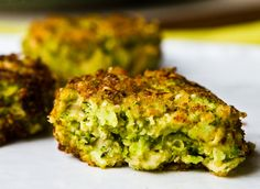 Cheezy Broccoli Fritters - Healthy. Happy. Life.