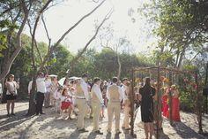Wedding ceremony :: Wedding flowers :: wedding details :: Kat Stanley Photography :: Sydney Wedding Photographer :: Sydney wedding destination photographer :: Noosa: Jo + Jarrod