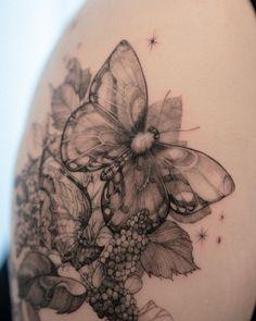 """우화, 𝐖𝐨𝐨𝐡𝐰𝐚 on Instagram: """"커버업 작업 입니다🦋 . @lejardindezihwa"""" Tattoo Inspiration, Tattoos, Instagram, Style, Swag, Tatuajes, Tattoo, Tattos, Outfits"""