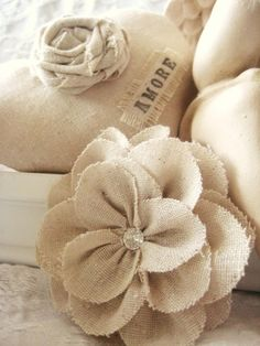 Fabric Flowers (from burlap or duck cloth) . Burlap Lace, Burlap Flowers, Lace Flowers, Felt Flowers, Hessian, Burlap Fabric, Book Flowers, Beautiful Flowers, Burlap Projects