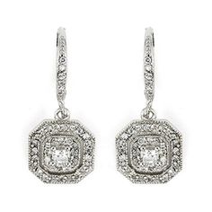 Pretty vintage style dangles!! Love the sparkle!