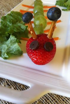 Fruit Caterpillar: a creative and fun snack for the kids // A Cedar Spoon @produceforkids