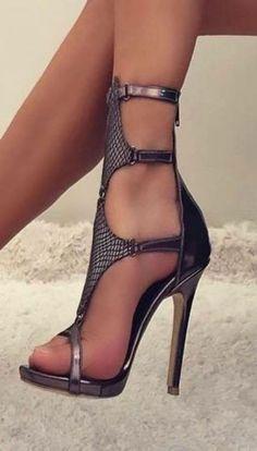 high heels – High Heels Daily Heels, stilettos and women's Shoes Sexy High Heels, High Heels Boots, Beautiful High Heels, Hot Heels, Heeled Boots, Knee Boots, Stilettos, Stiletto Heels, Pantyhose Heels