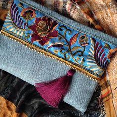 Ethnic Clutch womens bag boho bag bohemian by Clutch womens bag boho bag bohemian Couture Cuir, Diy Pochette, Jute Fabric, Floral Clutches, Blue Handbags, Clutch Purse, Leather Clutch, Evening Bags, Fashion Bags