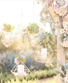 Next on our list: creative inspiration for your wedding decoration! DIYed by the bride and groom themselves, we're falling head over heels in love with this geometric hanging lanterns that surely give a modern yet majestic end note to your decor. Either for indoor or outdoor, this ornaments will surely breathes an artistic flair to your wedding! Love this too? Hands up!  Photography @amy_demos @jordan_demos via @bridalmusings