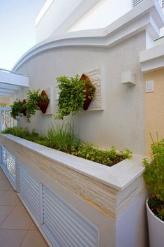 backyard designs – Gardening Ideas, Tips & Techniques Fence Wall Design, House Main Gates Design, Home Stairs Design, Home Room Design, House Front Design, Classic House Exterior, Classic House Design, Rooftop Design, Rooftop Decor