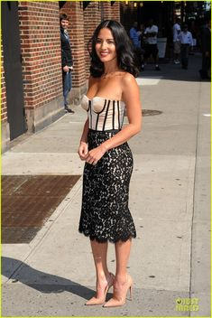 Olivia Munn amatelli.com/ https://www.facebook.com/ashleyrarus amatelli.tumblr.com  twitter.com/ARARUS_