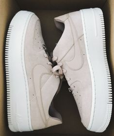 Air Force 1 Sage Low Women's Shoe Nike AirForce baby pink suede platform shoes Sneakers Mode, Sneakers Fashion, White Sneakers Nike, White Nikes, Fashion Boots, Buy Shoes, Me Too Shoes, Women's Shoes, Black Shoes