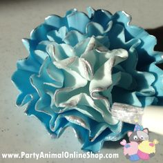Ruffle Flower Tutorial - Cake It To The Max