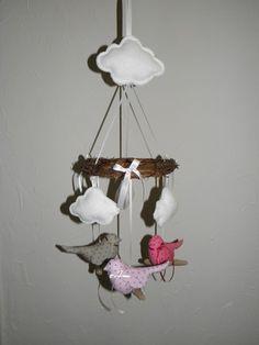 """Mobile pour bébé """"3 oiseaux et nuages"""" : Jeux, peluches, doudous par joce06-bois-flotte"""