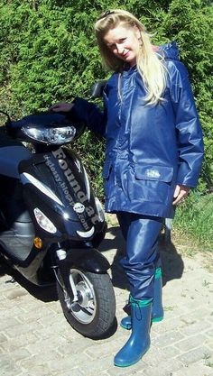 A blue, hooded, vintage rain jacket, or short raincoat if you'd like, combined with a pair of matching rain pants made from pu coated po. Rain Suit, Rain Pants, Rain Jacket, Blue Raincoat, Pvc Raincoat, Rain Fashion, Rain Gear, Wellington Boot, Raincoats For Women