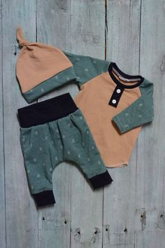 Newborn coming home outfit set. Soft knit fabric comforts baby in style. Yoga style waistband instead of the traditional elastic is gentle for a