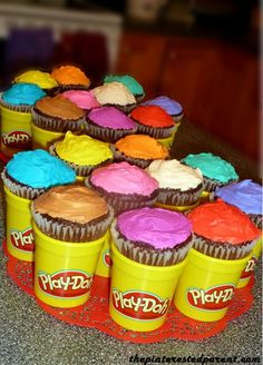 Play-Doh Birthday Multi-colored cupcakes fit perfectly inside of empty & clean Play-Doh containers. Combined Birthday Parties, 3rd Birthday Parties, Third Birthday, Kids Birthday Cupcakes, Little Girl Birthday, Art Birthday, Birthday Ideas, Princess Birthday, Play Doh Party