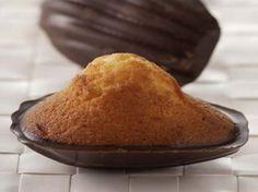 Avec les lectrices reporter de Femme Actuelle, découvrez les recettes de cuisine des internautes : Madeleines en coque de chocolat