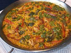 Cocinando con Lola García: Paella de costillas y pimientos