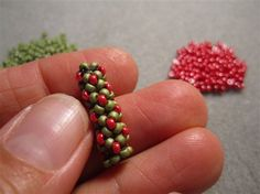 Chenille Stitch - Jean Campbell shows How to and video from BeadingDaily.  #Seed #Bead #Tutorials