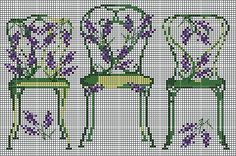 grille-chaises-vertes.JPG 461×305 pixels