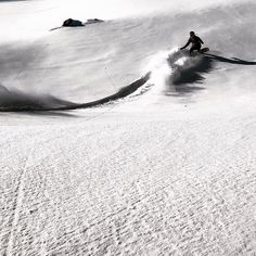 Team rider @kellymsteele riding a dream line in #chile #ozsnowboards #snowboarding #splitboarding