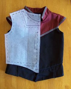 Great tutorial for drafting a doublet or bodice for a child using a T-shirt!