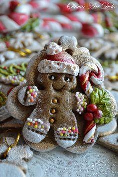 Christmas Images, Diy Christmas Gifts, Christmas Decorations, Xmas, Christmas Ornaments, Holiday Decor, Clay Jar, Polymer Clay Christmas, Salt Dough