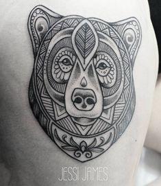 Tattoo Bär, geometrisches Muster