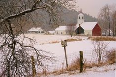 North Tunbridge, Vermont John H. Knox - Photographer Yesterday we had a little snow as winter and spring jocky for control.